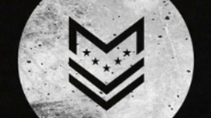 Medium milcom logo
